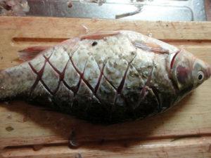 Как правильно делать надрезы на рыбе