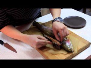 Чистят ли форель от чешуи
