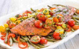 Рыба в духовке без майонеза с овощами