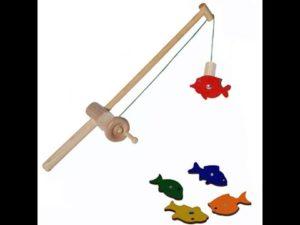 Как сделать игрушечную удочку для ребенка