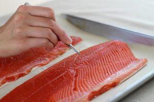 Как делают филе из рыбы на производстве