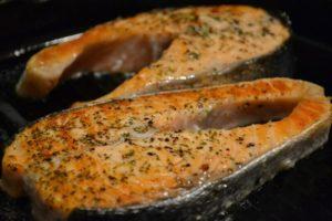 Рыба красная в духовке не сухая