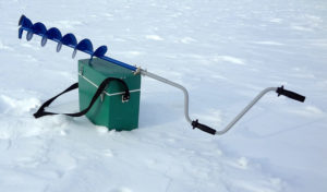 Как правильно выбрать бур для зимней рыбалки