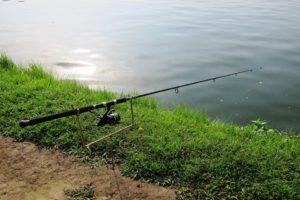 Удочка для речной рыбалки